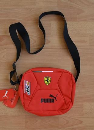 Мужская спортивная сумка через плечо puma ferrari. оригинал. мессенджер. красная.