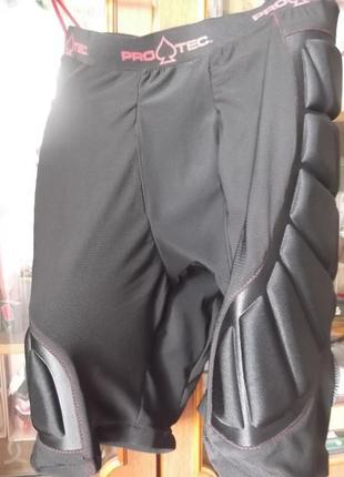 Защитные шорты protec
