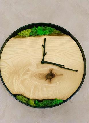 Часы настенные  экостиль, натуральное дерево с мхом