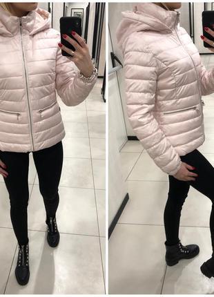 Демисезонная куртка на синтепоне тёплая курточка. mohito. размеры уточняйте.