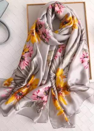 Красивый палантин шарф шёлковый шаль