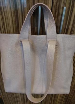 Кожаная стильная брендовая сумка
