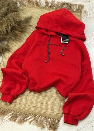 Новое актуальное трендовое насыщенное красное худи оверсайз на флисе