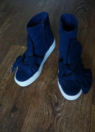 Оригинальные слипоны ботинки сникерсы reserverd с бантом