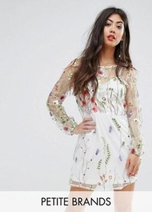 Мега красивое фатиновое платье с вышивкой boohoo. новое. р-р l/48-50 наш.