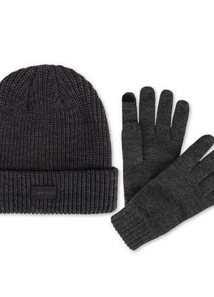 Мужская шапка +перчатки calvin klein, брали за 1450. пролет