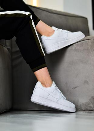 Nike air force 1 low шикарные женские кроссовки найк белые2 фото