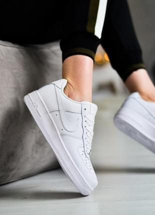 Nike air force 1 low шикарные женские кроссовки найк белые5 фото