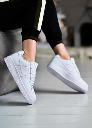 Nike air force 1 low шикарные женские кроссовки найк белые6 фото