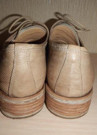 Кожаные туфли броги nero giardini р.39(25,5см)4 фото