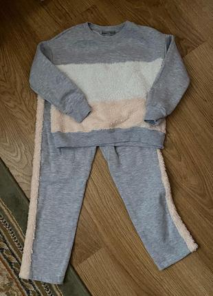 Детский костюм прогулочный / спортивный