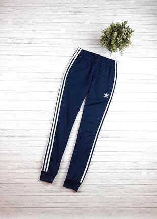 Мужские спортивные штаны adidas adicolor sst