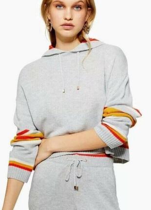 Классный укороченный свитер