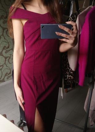 Новое длинное платье на плечи ax paris