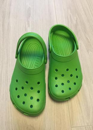 Шлёпанцы кроксы crocs