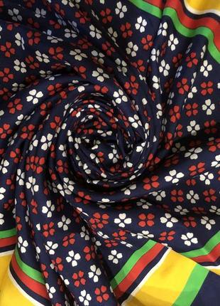 Шикарный платок yves saint laurent