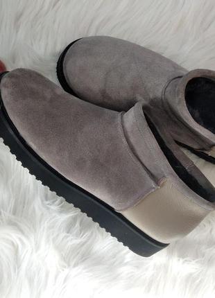 Кожаные ботинки угги короткие