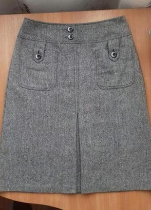 Симпатичная демисезонная юбка