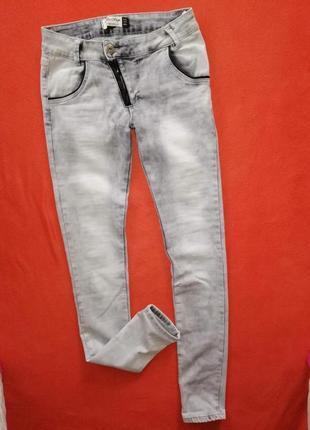 Красивые женские джинсы blue rags 36 в очень хорошем состоянии