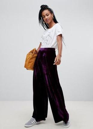 Широкие бархатные фиолетовые брюки,marks&spenser