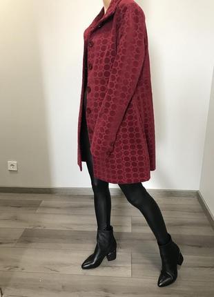 Яркое пальто пиджак
