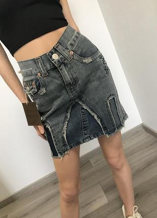 Стильная джинсовая юбка от очень дорого бренда
