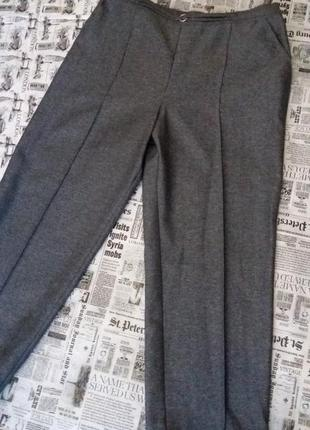 Стильні брендові укорочені  брюки штани з високою посадкою marks & spencer