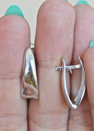 Серебряные серьги лира