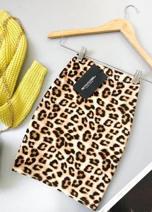 Велюровая мини юбка в анималистический принт леопард prettylittlethng