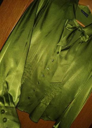 Неимоверная стильная атласная блуза блузка зелёного цвета с бантом alex&co