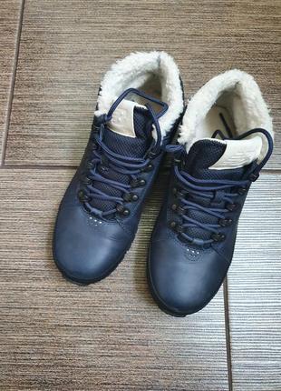 Зимние кожаные кроссовки/ботинки new balance 39/25,52 фото