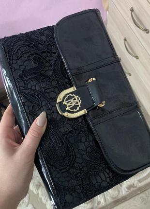 Чёрная сумка клатч с кружевом