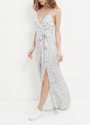 Очень нежное платье с цветами в пол