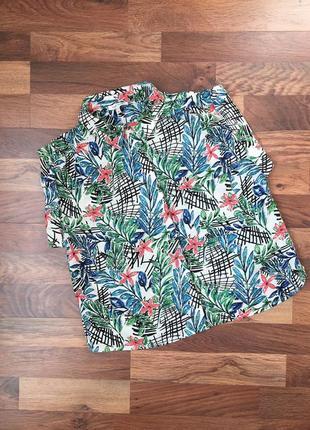 Стильная вискозная рубашка в цветочный принт