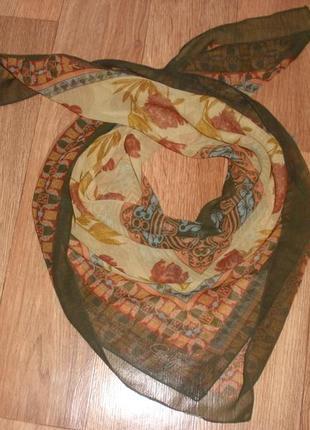 Интересный винтажный платок cornelia james \85*89 см