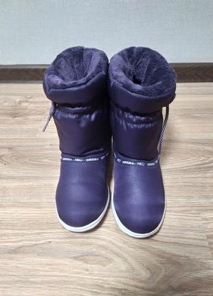 Женские зимние сапоги adidas warm comfort.