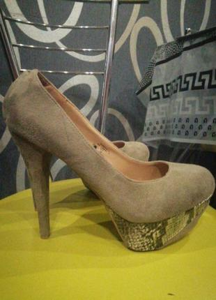 Замшивие туфли