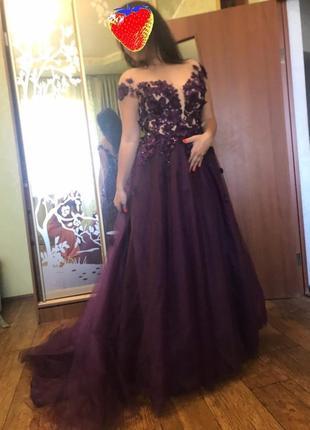 Красивое выпускное, вечернее платье