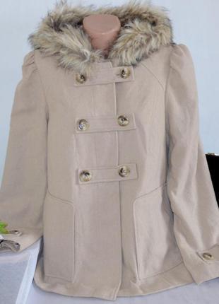 Брендовое демисезонное пальто полупальто с капюшоном и карманами f&f вьетнам шерсть мех