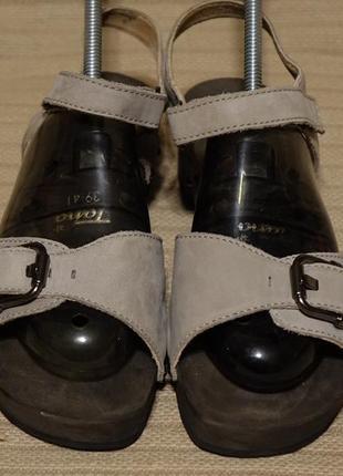 Оригинальные открытые фирменные серые кожаные босоножки helvesko швейцария 39 р