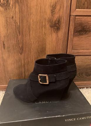 Ботинки vince camuto, сша, натур замша, 39 размер