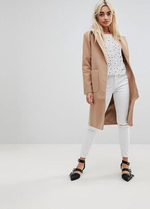 Стильное деми бежевое пальто прямого кроя с карманами new look