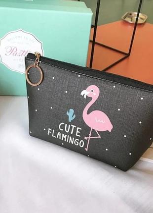 Косметичка cute flamingo один фламинго черная