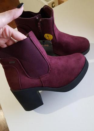 Фирменные ботинки сапожки mustang испания оригинал на толстом каблуке3 фото