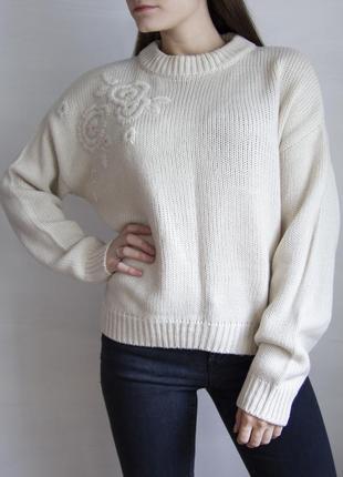 Очень красивый свитер с вышивкой, свободного кроя от george