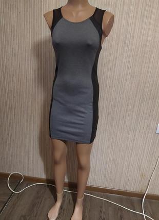Модное платье со вставками из эко кожи