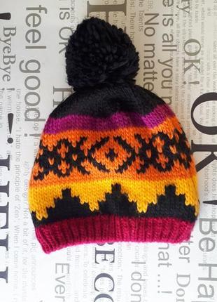 Теплая шапка.