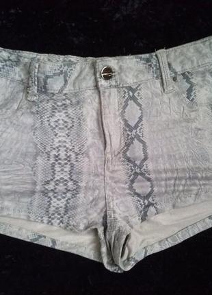 Короткие стильные шорты принт от topshop