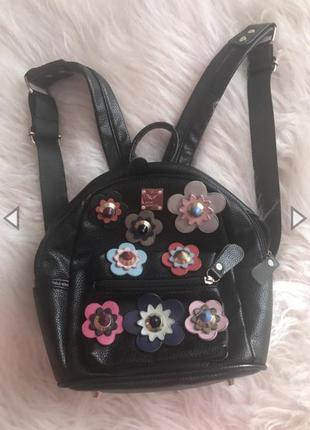 Красивый рюкзак