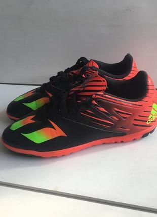 Кроссовки для футбола сороконожки adidas р.33